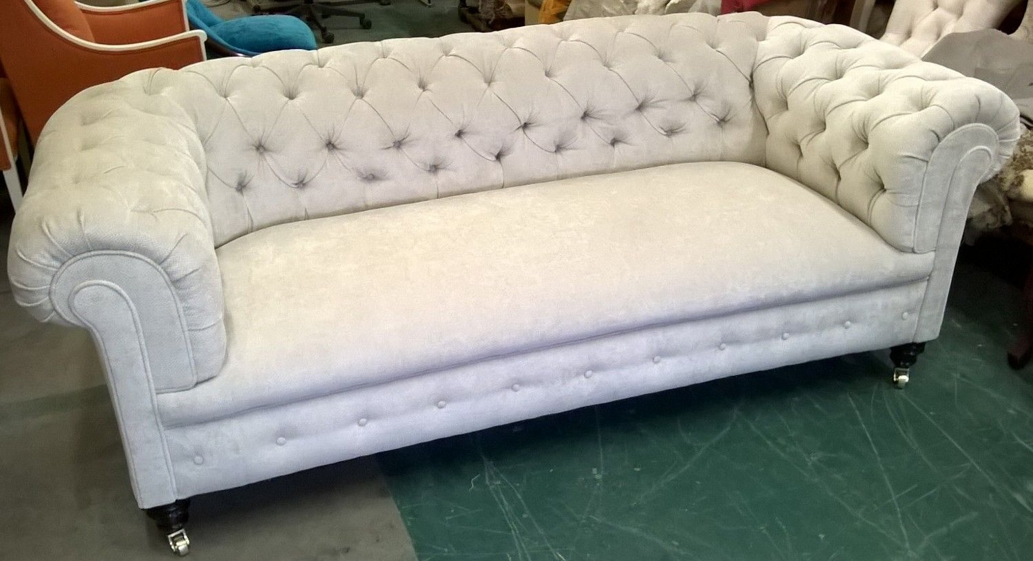 Victorian 3str deep buttoned chesterfield sofa njh for Deep sofas for sale